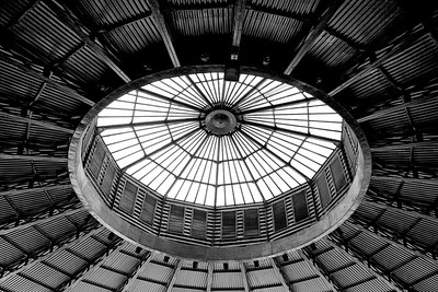 Sherry store roof light, Jerez