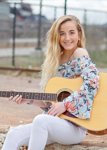 Mak and her Guitar:)