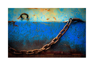 blue trawl door with chain