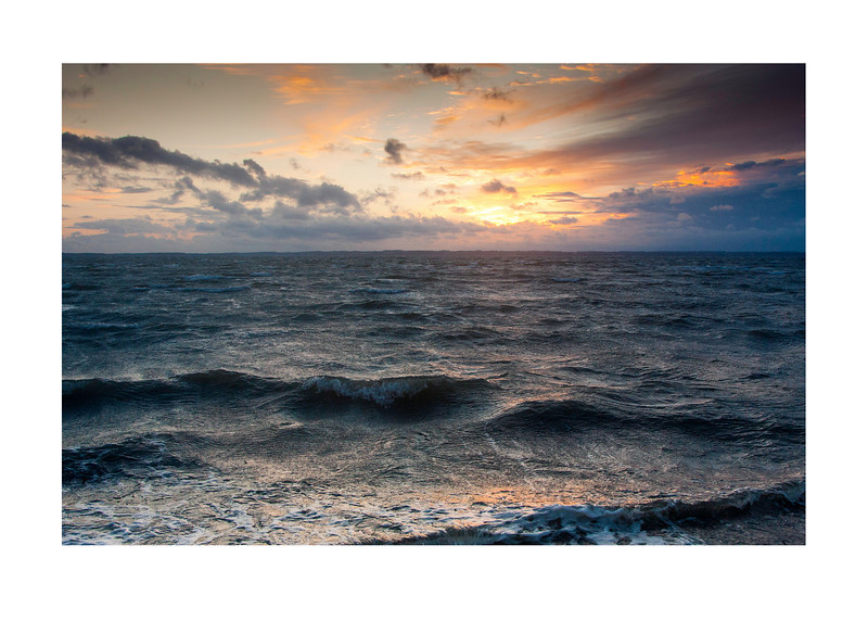09 Storm in the sunset - 53x73,5cm photoprint with black frame and plexiglass