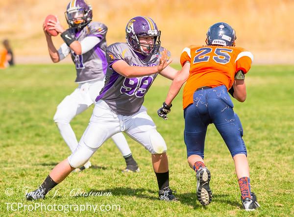 2015-10-03:  8th Grade.  Spartan Purple vs Hawk Orange - Sagewood MS