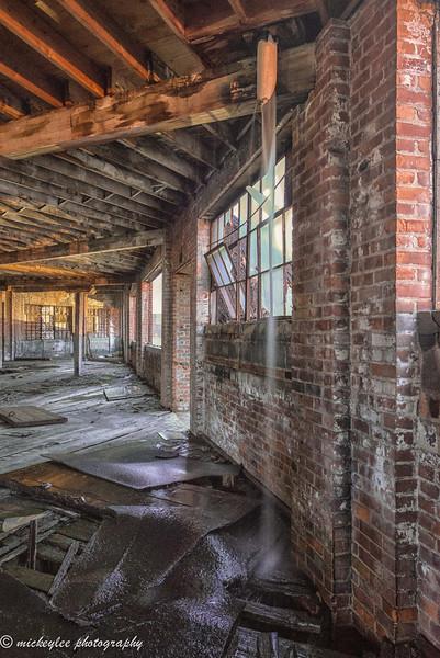 Bell Garage Detroit MI