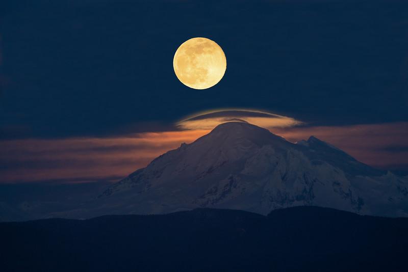 Mount Baker Supermoon
