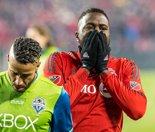 Toronto FC's Jozy Altidor reacts after Seattle Sounders goalkeeper makes a desperate save during 2016 MLS Cup Final