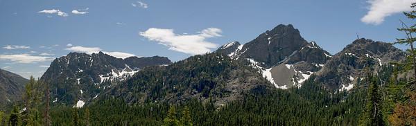 2598-501 Esmeralda Peaks