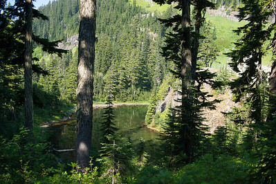 Lake Laura, along the trail to Lk Lillian