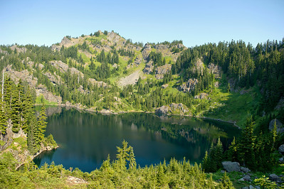 Lake Lillian On the Rampart Ridge trail
