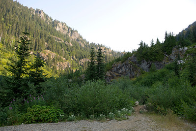 "Trailhead ""backdoor"" to Rampart Ridge"