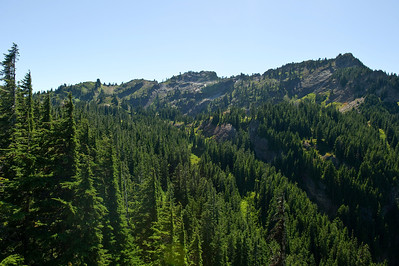 Rampart Ridge, from a small ledge off the trail