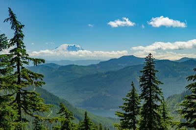 Mt Rainier thru the clouds