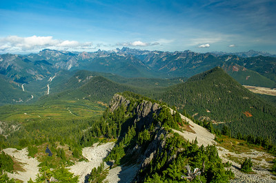 Northeast view to Snoqualmie Pass from Silver Peak