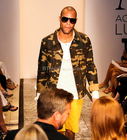 2014 Accessible Luxury Fashion Show