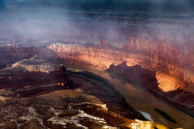 The light changed rapidly as the fog swirled around Dead Horse Point