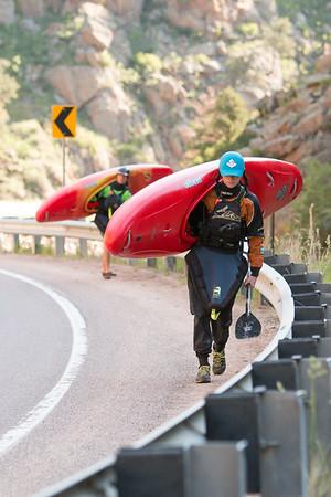 201606-3563-kayak