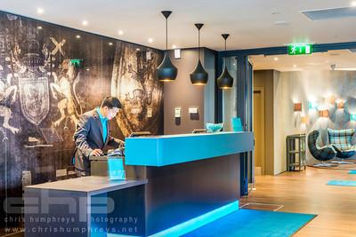 20140521 Motel One Edinburgh 020