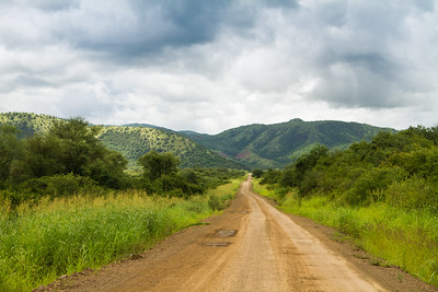 Road through Omo Valley
