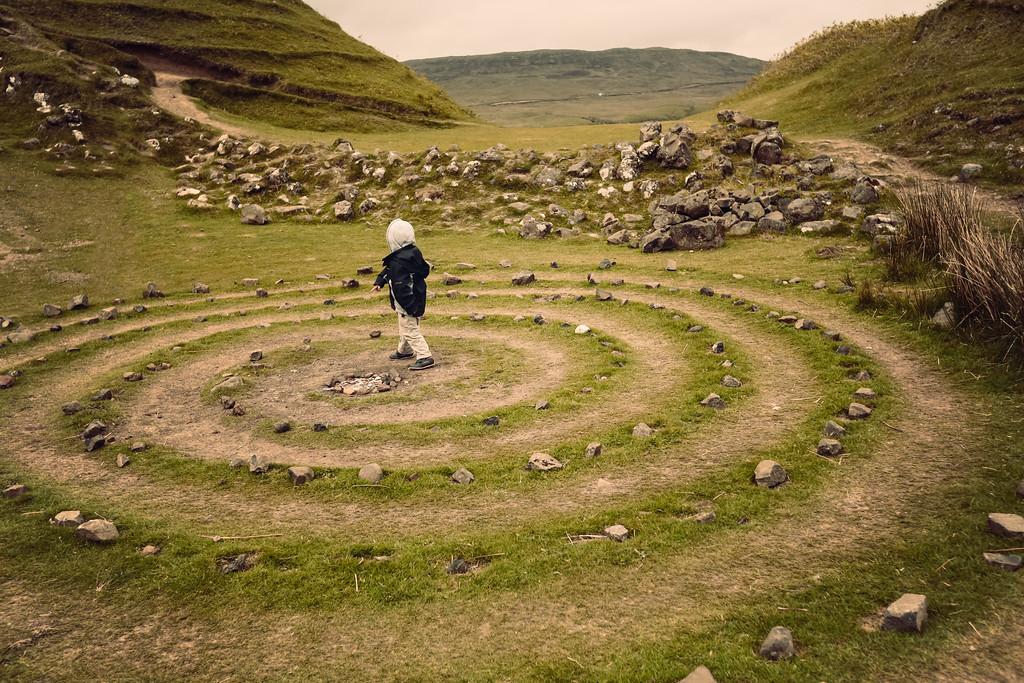 scotland : faeries + castles