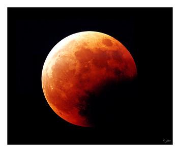 Lonar Eclipse - 5/15/2003 - Fuji Provia 400F