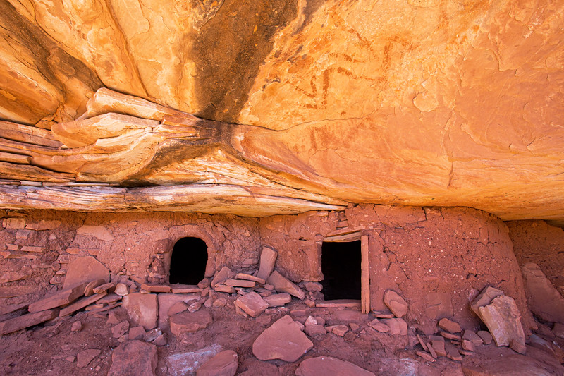 Ancestral Puebloan structures with snake-like pictographs, Bears Ears National Monument and environs, San Juan County, Utah