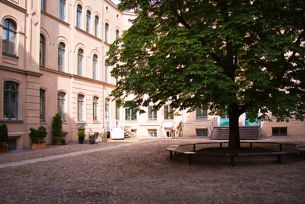 Courtyard off of Orangienburger Straße.