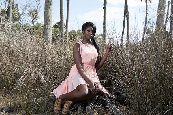 Briana DaShields outdoor shoot-6