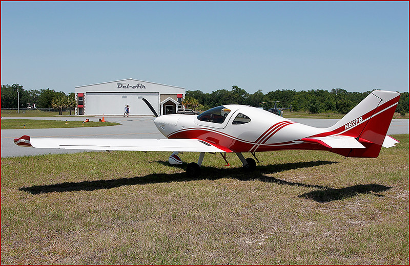 PAUL BRYANT'S 2008 ARION AIRCRAFT LIGHTING (N82PB)