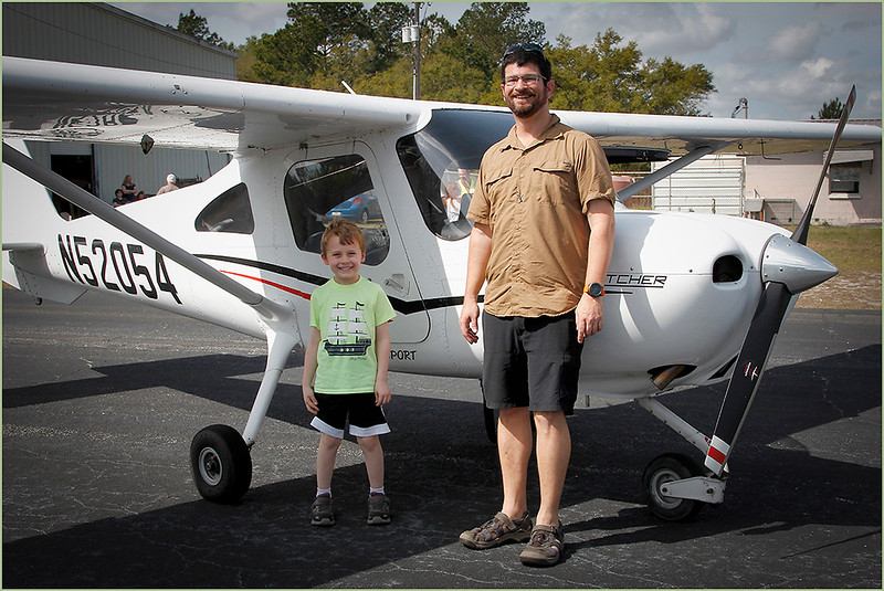 2019-03-09 YOUNG EAGLES RALLY - COLIN ARNOLD (CESSNA 162 SKYCATCHER) AND YOUNG EAGLE (3)