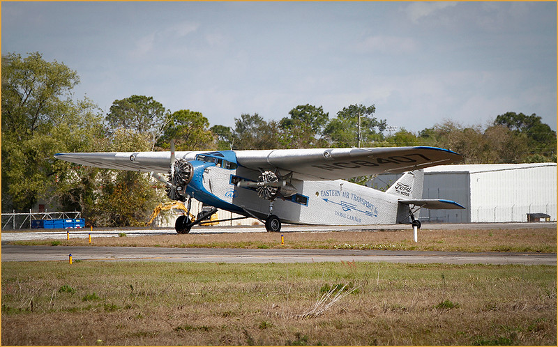 2020-03-02 EAA FORD TRI-MOTOR ARRIVES AT KBKV (TAXING TO THE RAMP AT GLOBAL JET CARE)