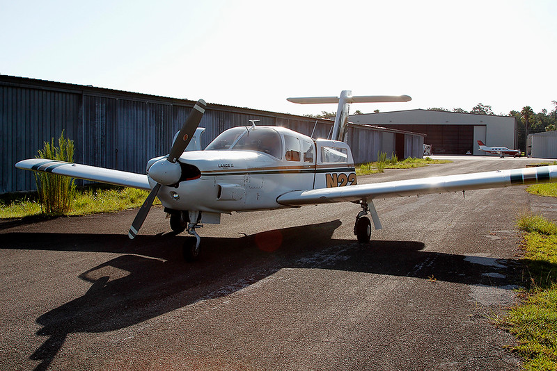 PIPER LANCE II - (DON WHITING)