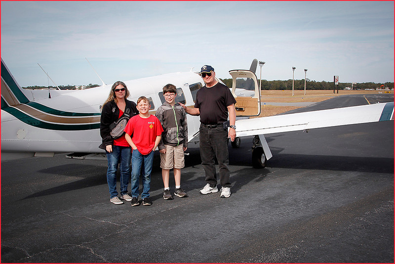 2018-12-08 PIPER LANCE PILOT DON, A GROUP OF YOUNG EAGLES, AND A PARENT