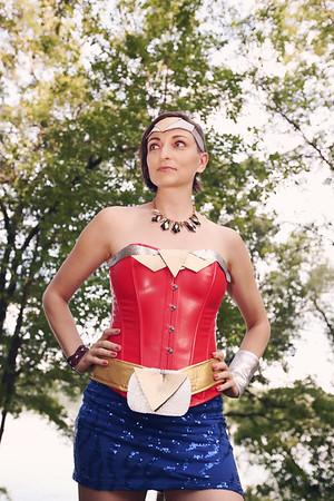 Wonder Woman / Crown Shoot
