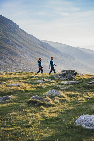 Yardang Collection Shoot in Ogwen Valley for Kora Outdoor,  June 2021 | ©Lena Drapella  Models: Heather Harden and Nathan Pictor