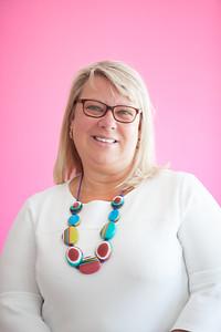 Sue, Social Media Profile, On site-10