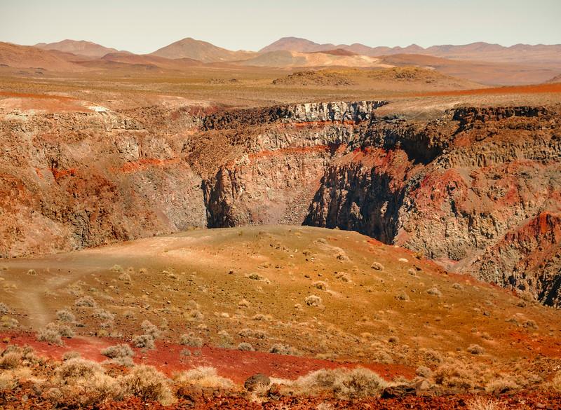 Via of Rainbow Canyon, DVNP