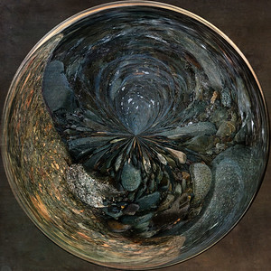 Seeing in Circles, Paperweight