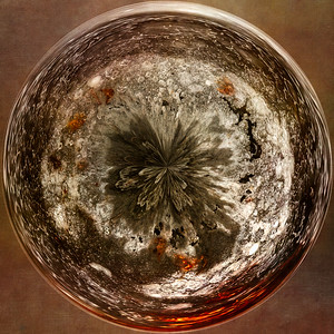Seeing in Circles, Paperweight II