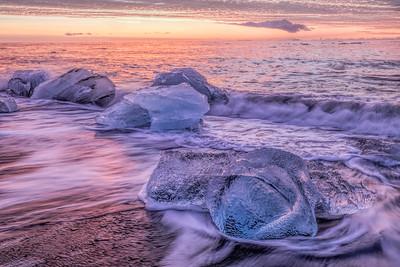 Icebergs on Fjallsárlón Beach, Iceland