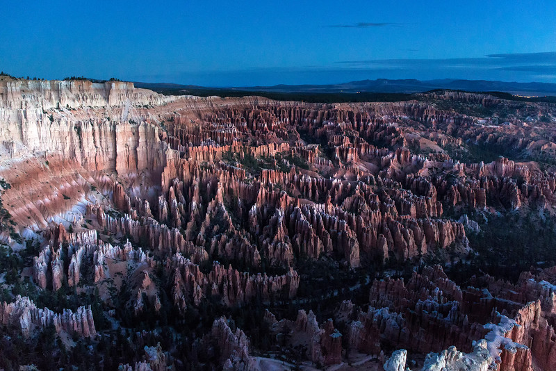 Early dawn glow from Bryce Point, Bryce Canyon National Park, Utah