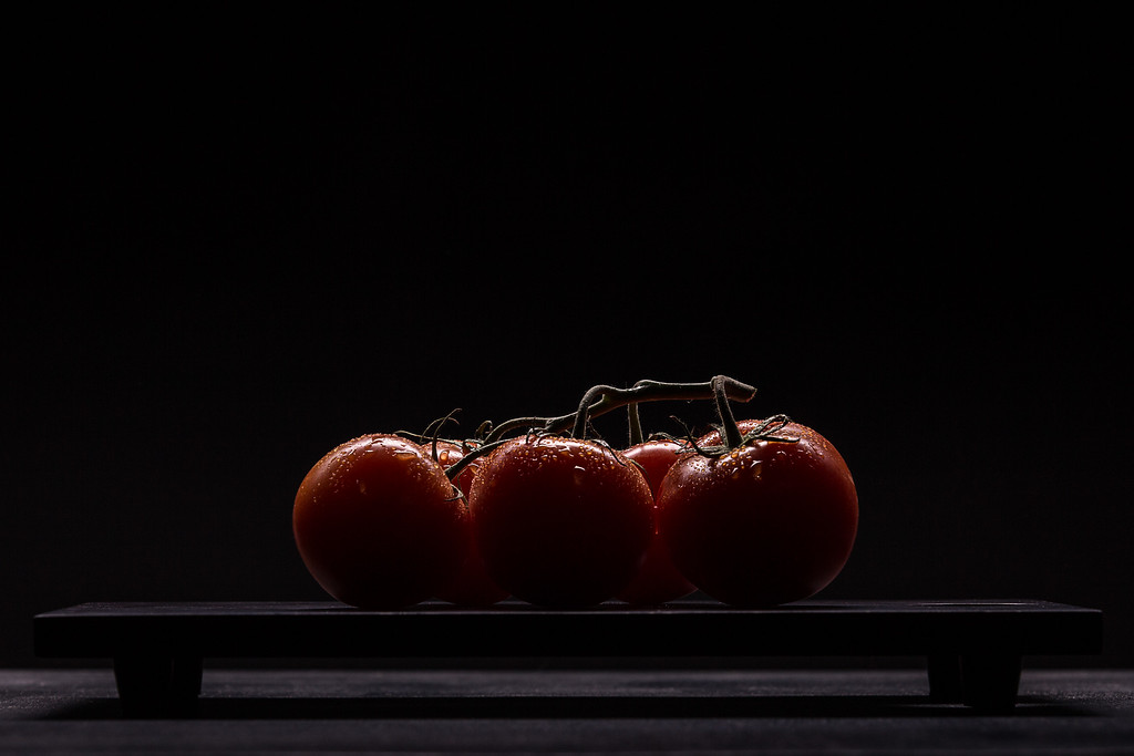 IMAGE: https://photos.smugmug.com/Portfolios/Food/i-3fR3DCt/0/XL/UnitasPhoto_Tomatoes-XL.jpg