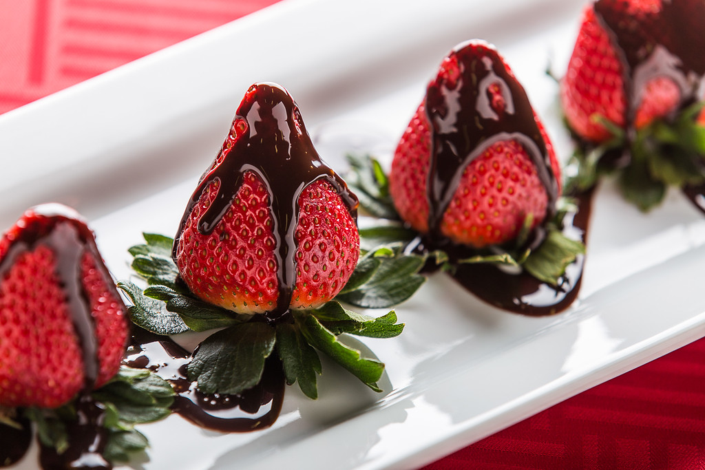 IMAGE: https://photos.smugmug.com/Portfolios/Food/i-n7R8tmQ/0/XL/UnitasPhoto_Strawberries-XL.jpg
