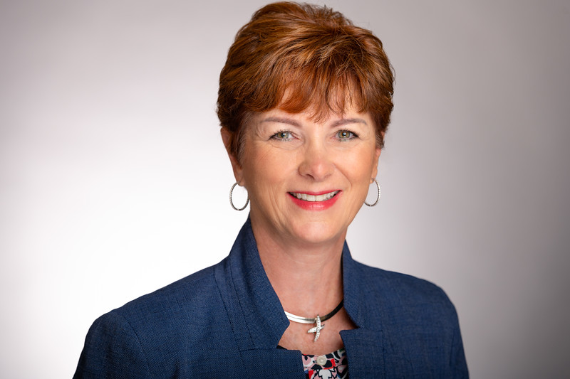 Leslie Taylor Real Estate Agent at Berkshire Hathaway Headshot
