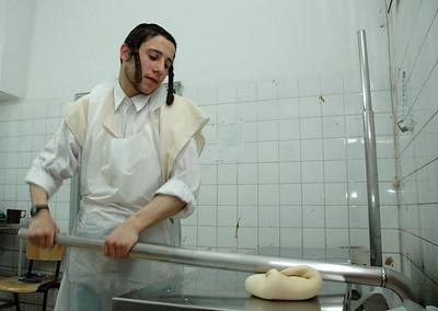 Matzo Baking 138
