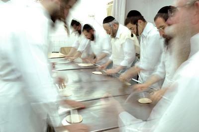 Matzo Baking 157