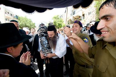 747-Farbman-Sefer-Torah