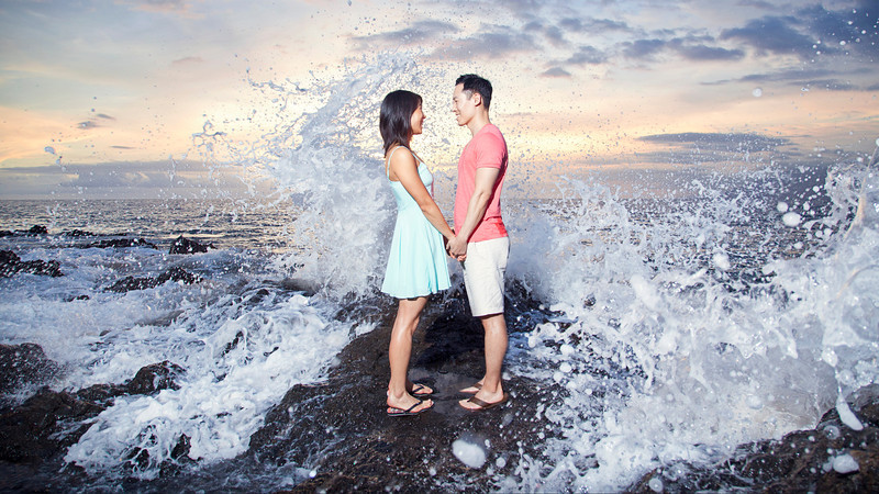 Maui engagement session with a splash!