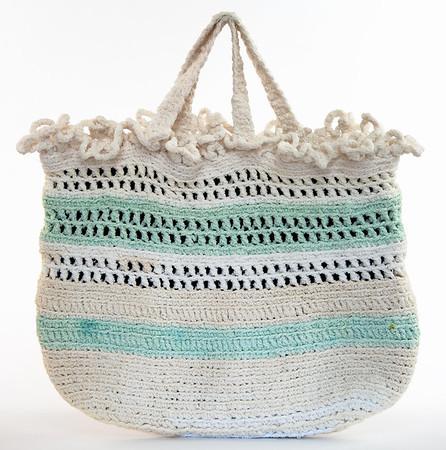 Vintage white purse 3