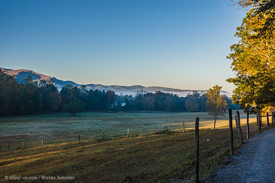 Park SleeklensTest - Original: Cades Cove, Great Smoky Mountains National