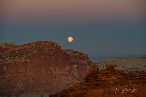 Moonrise at Capital Reef
