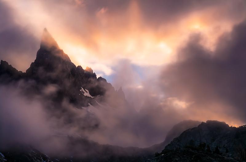 Minaret Peak