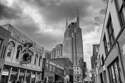 #nashvillephotographer #batmanbuilding  #nashville  #blackandwhite #grayscale #jscottwhigham #whighamphotography